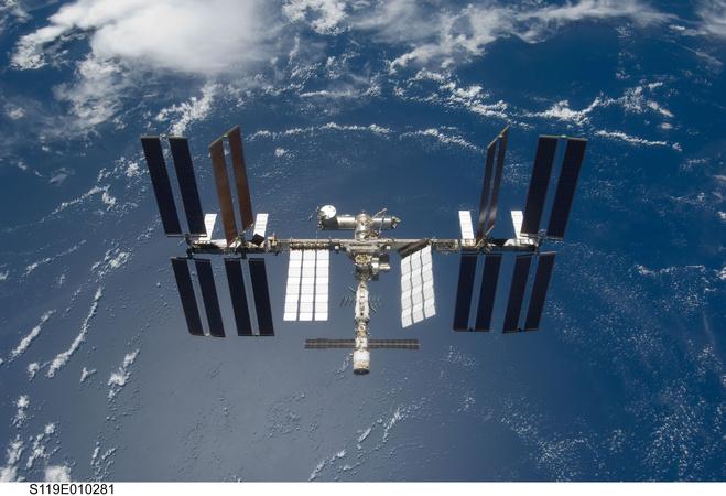 kosmicheskie-problemi-na-mks-u-amerikancev-polomalas-signalizaciya-u-rossiyan-tualet