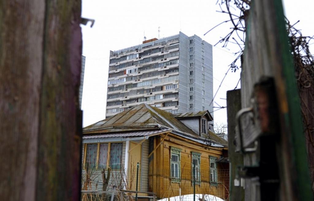 iz-avariynogo-zhilya-za-god-v-regione-pereselili-chelovek