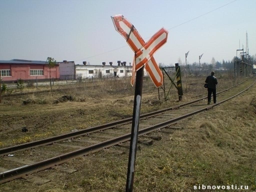 novosti-krasnoyarska-v-lesosibirske-poezd-sbil-muzhchinu